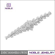 18K carat gold jewelry cluster setting luxury bracelet
