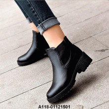 Femmes chaussures SLIP ON bottes bas <span class=keywords><strong>bloc</strong></span> <span class=keywords><strong>talon</strong></span> artificiel <span class=keywords><strong>bottines</strong></span> en polyuréthane