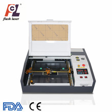 Mini Desktop 40 w 50 w <span class=keywords><strong>CO2</strong></span> 600*400mm Cnc Lasersnijmachines