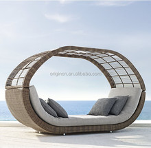 Filtered shade designed chinese old style garden art furniture for 2 rattan day bed