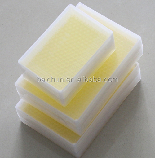 plastic 250g/500g comb honey box with plastic beeswax foundation for honey