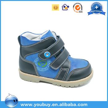9bb7bfee Precio al por mayor Guangzhou mercado del calzado casual botas de cuero para  niños