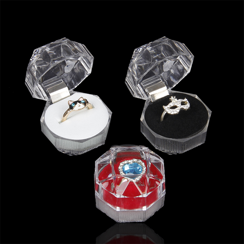 High grade small ornaments transparent crystal jewelry rings boxes plastic gift boxes