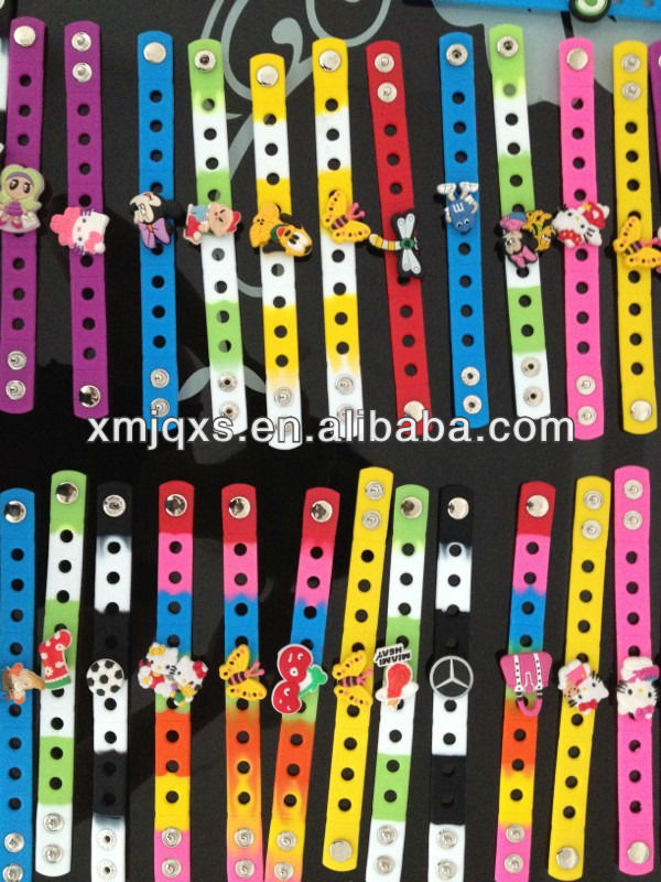 2016 popular PVC Charms Silicone Bracelet With Metal Clasp/button