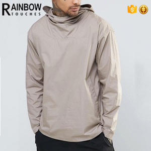 China Factory Wholesale Fashion Men Hooded Curved Hem Tee Shirt In Beige