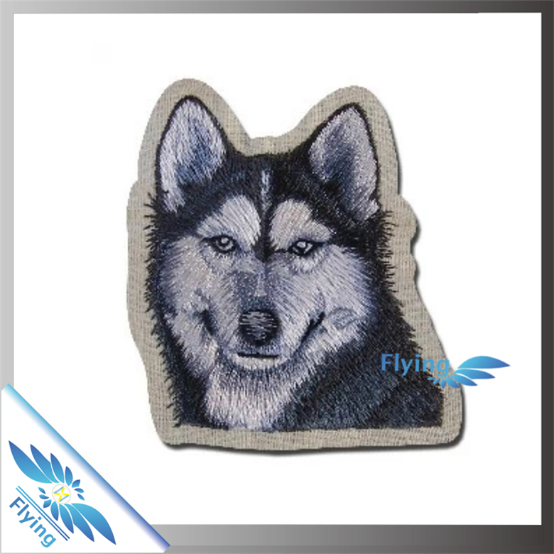 Popular custom animal embroidery patch with good price
