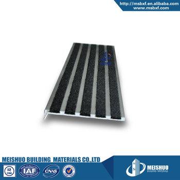 Residential Stairway Black Carborundum Filler Aluminum Non Slip Stair Treads