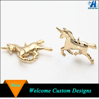 China wholesale high polished 23mm x 16.5mm gold unicorn horse pendant charms