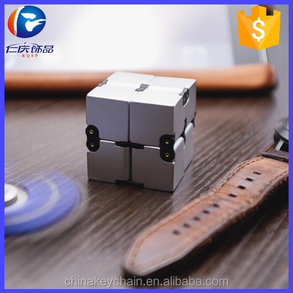2017 New products Hot selling finger cube EDC 3D anti stress nifinity cube for wholesale