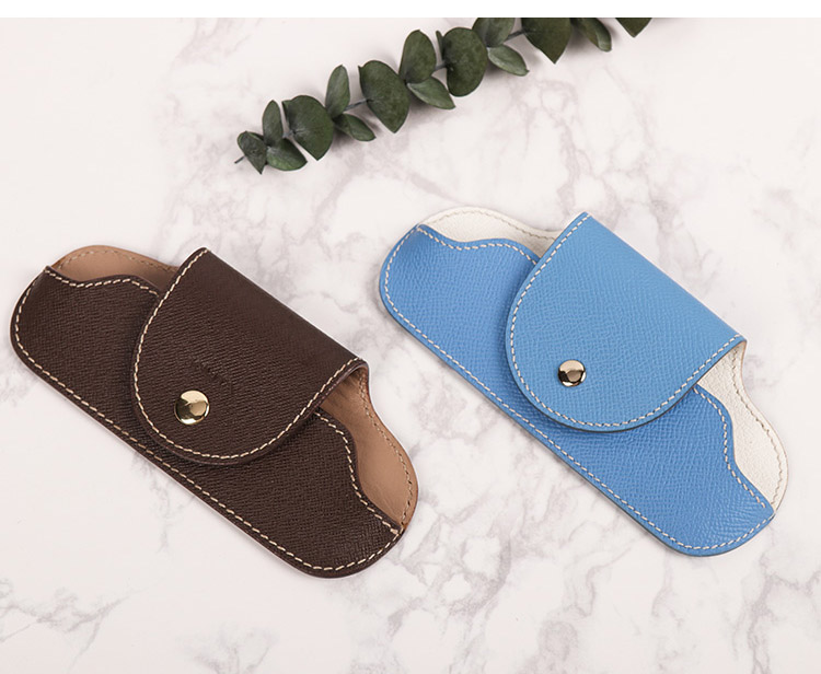 2019 Hot sale glass bag factory leather customized triangle eye glass case PU Leather folding sun glass case