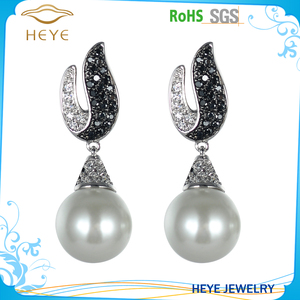 Trendy drop earrings bridal pave cz Fashion Accessory dangle freshwater pearl earrings for wedding