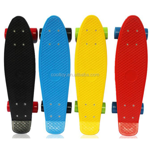 Fashionable 22 inch plastic retro cruiser skateboard