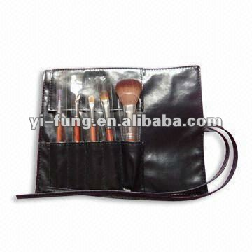 Makeup Tools with Five Pieces Goat Hair, Aluminum Tube, Wooden Handle, and Black PU Leather Pouch