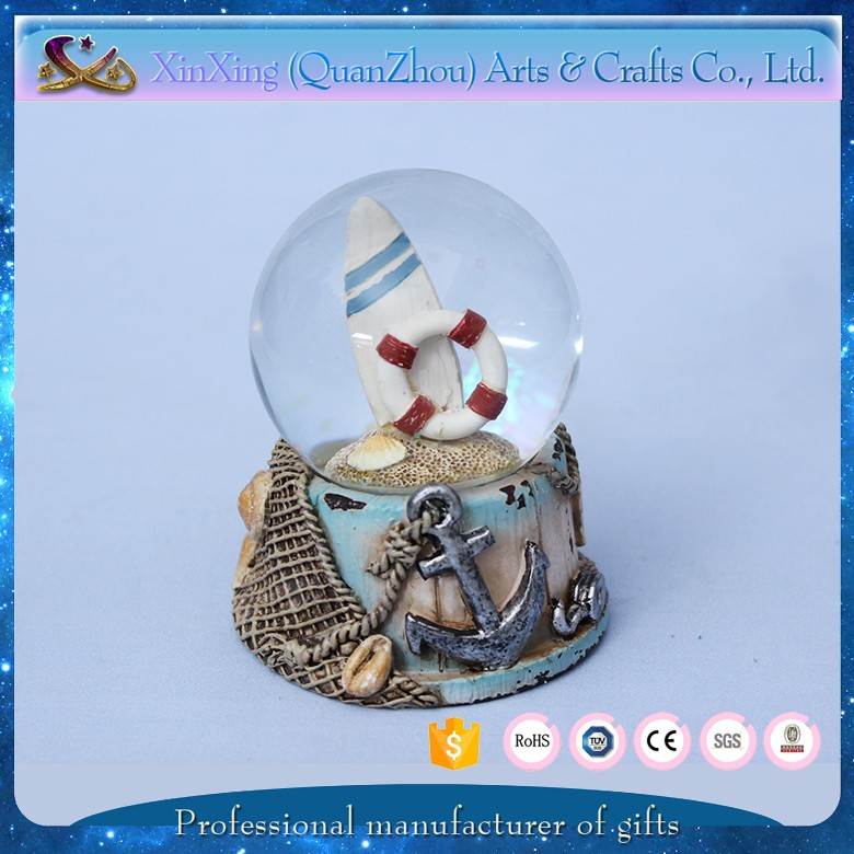 resin souvenir of snow globe cheap custom made snow globe souvenir