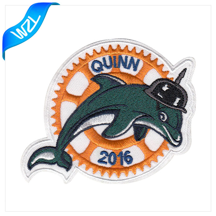 Hot sale high quality dolphin iron on patches plain embroidery