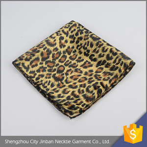 Hot sale OEM accept woven 100 polyester gift packing handkerchief