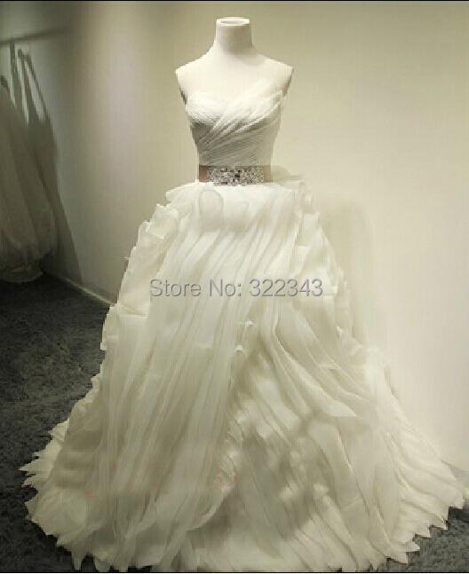 High Quality Unique Plus Size Elegant Strapless White