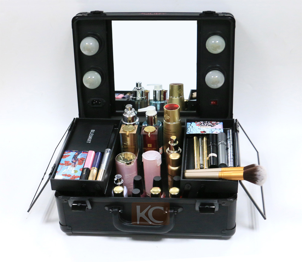 New Design Wholesale Aluminum Small Lighted Beauty Box, Portable Beauty Case,  Vanity Case With