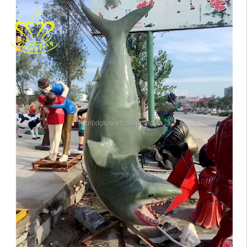 Hot Shopping Product Fiberglass Resin Painting Shark Fish Sculpture For Garden Home Decor