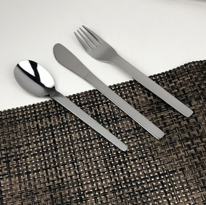 Wholesale cheap stainless steel flatware dinnerware set customized novelty cutlery airline promotion gift cutlery set