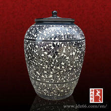200 Catty Black glazed Ceramic Large Wine Container with Interlock Branch Lotus Decoration