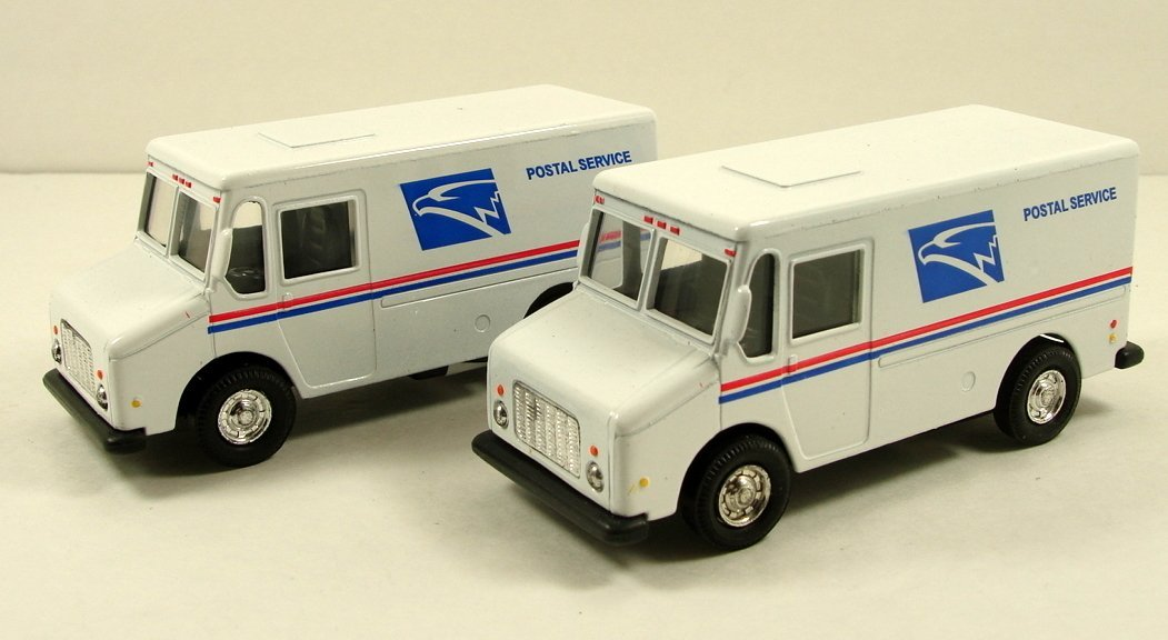 2 X USPS United States US Postal Service mail delivery service truck diecast NEW