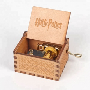 Harry potter hand crank christmas promotional gifts music box