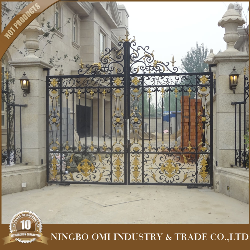 Powder Coated Chain Link Nesh Fence And Gate/modern Main Gate ...