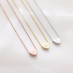Factory directly selling simple charm pendant necklace Heart + Letter
