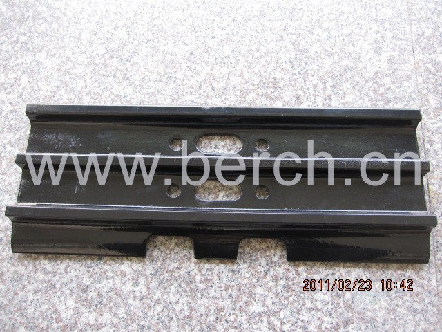 BERCH PC200-7track shoes 20Y-32-02060 track link 20Y-31-11311 track shoe pin excavator undercarriage