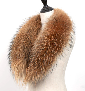 Factory wholesale detachable real fox fur trim natural color big raccoon fur collar