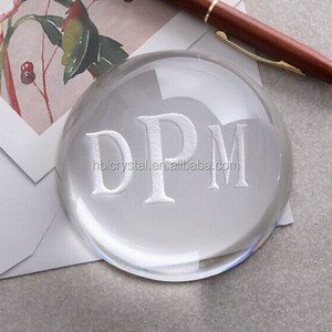 Fashion dome shape engraved crystal paperweight for business gifts