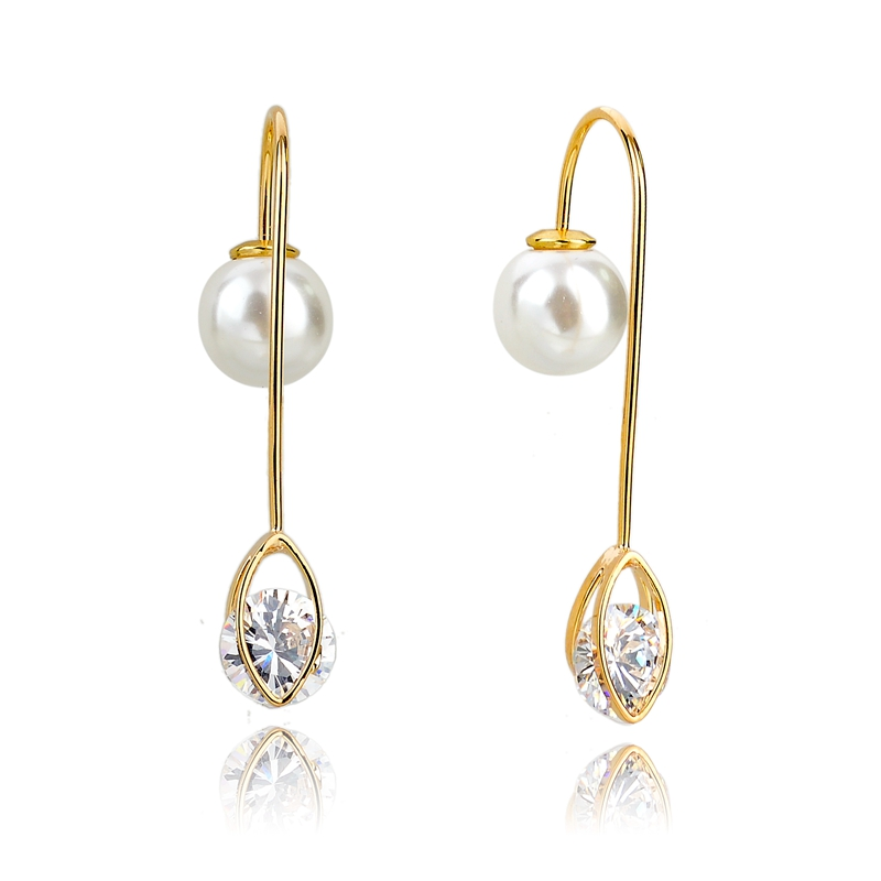 Wholesale stud earring with zircon and pearl charms in gold, fancy stud earring double sided gold earring