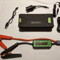1000A peak 12V Auto Battery Booster heavy duty jump starter Power Pack Built-in LED Light and Smart Protection