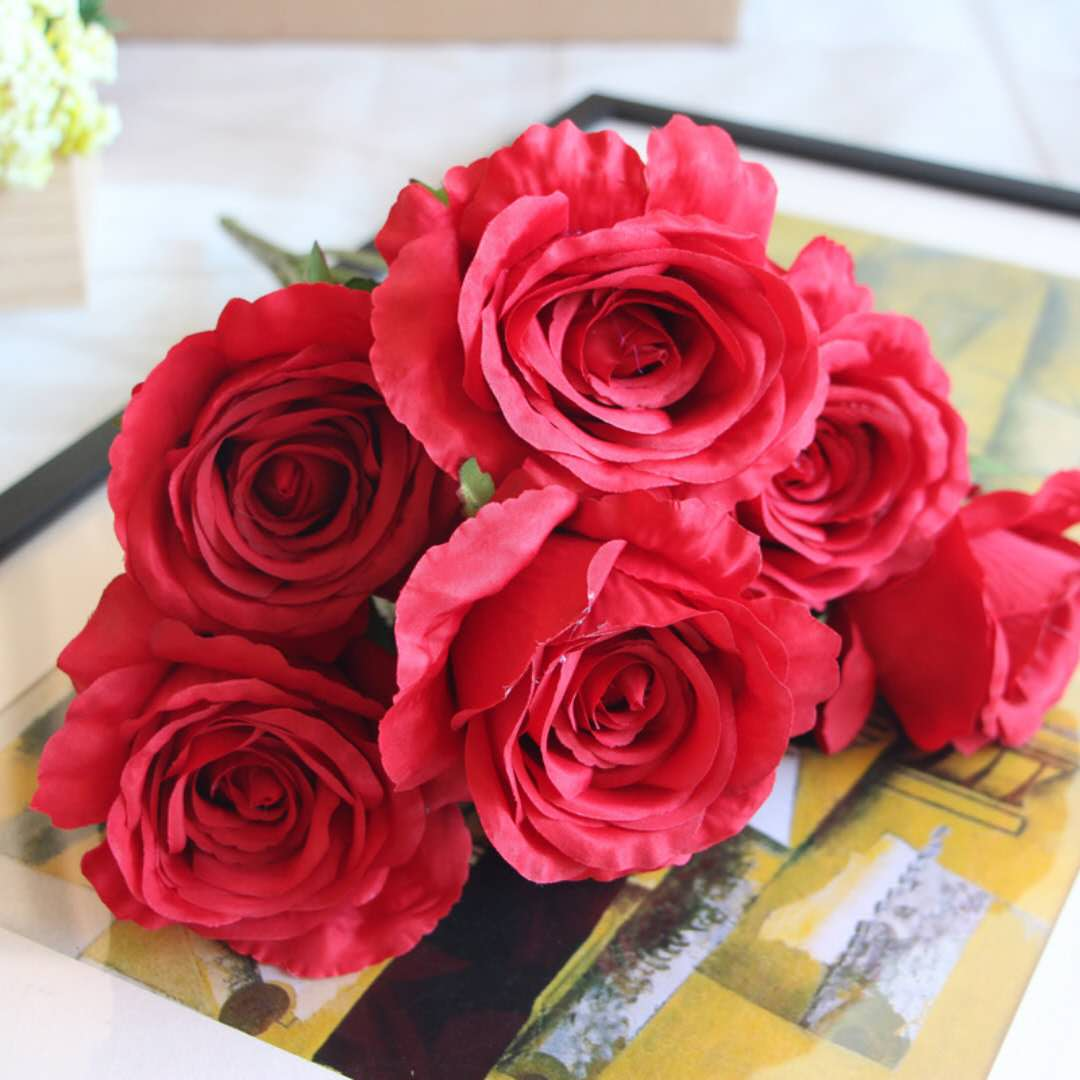 Wholesale Red Artificial Flowers Silk Flowers Home Decoration Or