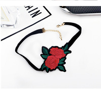 Chinese Women Charm Embroidery Handmade Fabric Flower Choker Necklace