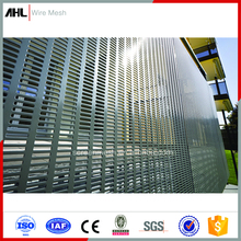 4X8 Stainless Steel Perforated Sheet 1Mm Hole Galvanized Perforated Punch Metal Screen Mesh for Fence Application