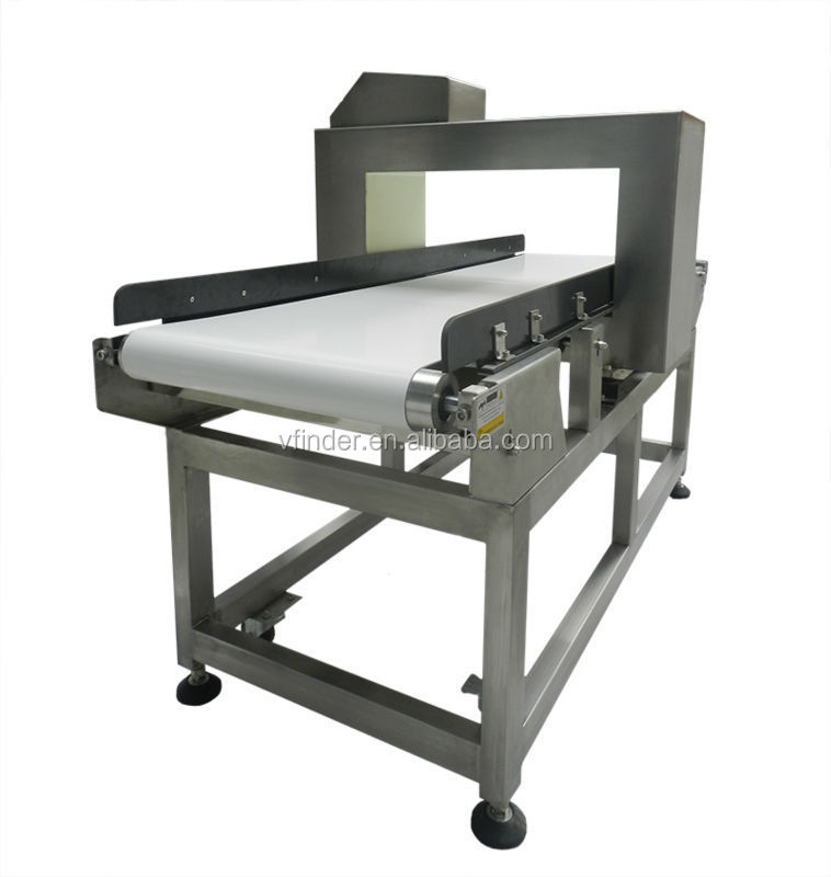 Industry metal detector with conveyor belt
