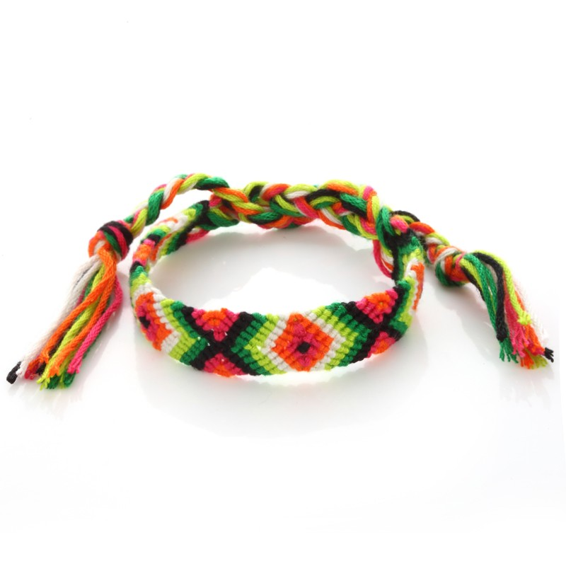 Hot Selling Exquisite Women Girls Handmade Nepal Tribal Woven Friendship Thread Bracelet