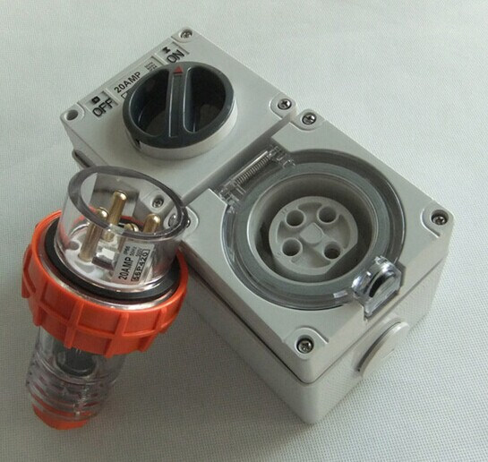 15a 3 Flat Pin Weatherproof Switched Socket Outlet