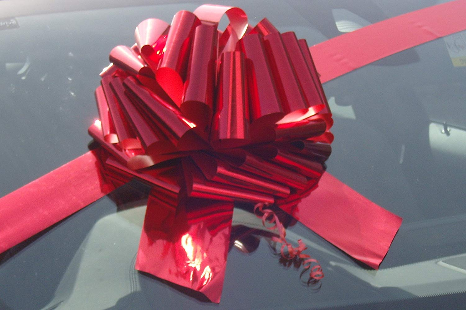 GIANT CAR BOW (12 inch) + 3 METRES of RIBBON for Cars, Bikes, Big Birthday & Christmas Gifts - METALLIC RED