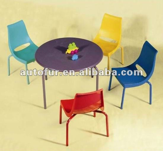 table en plastique et chaises pour enfants ensemble de meubles pour enfants id de produit. Black Bedroom Furniture Sets. Home Design Ideas
