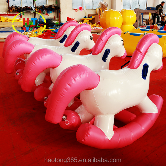 inflatable horse3