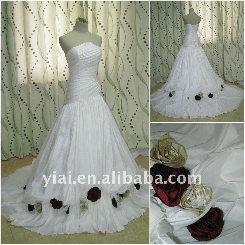 Jj2681 Casual Beach White Wedding Dress Red Roses Bohemian Wedding
