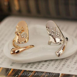 New Arrival And Factory Directly Sale Nail Ring Jewelry With Crystal Animal Free Shipping