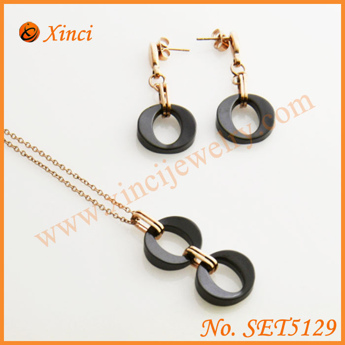 Acero inoxidable stainless steel jewelry with black and white ceramic jewelry