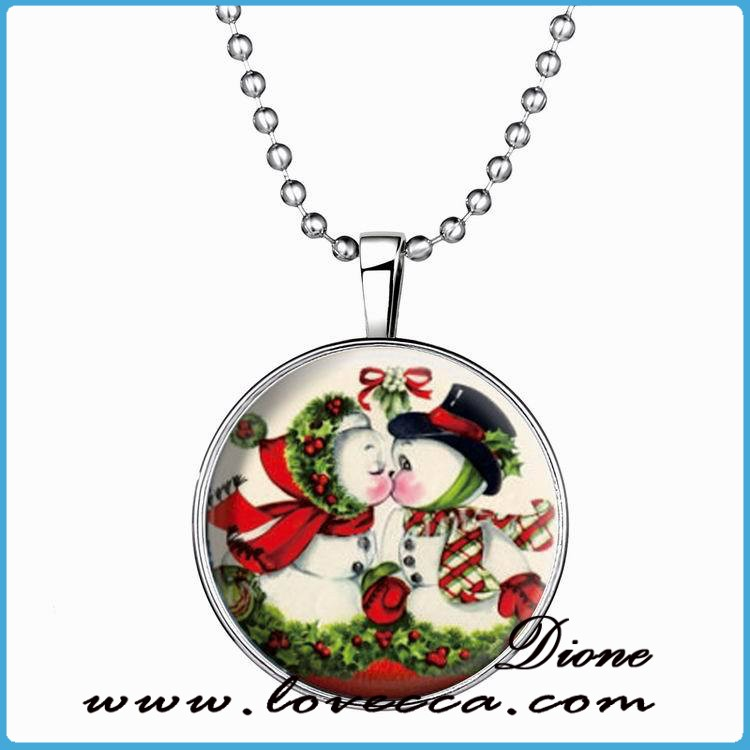 Kissing Snowman Glowing necklace,Glow in the Dark For MERRY CHRISTMAS