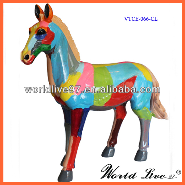 VTCE-066 Promotional Colorful Resin Horse sculptures
