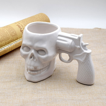 HT103501 Novelty Gifts 3D Skull Gun Mug Skull Pistol Office Coffee Tea Drinking Ceramic Mug
