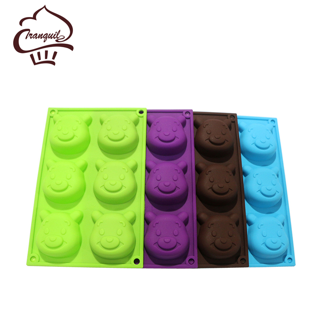 2017 Creative baking tools silicone molds bear shaped with diy biscuit stencil